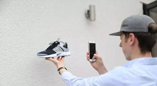 22岁小伙网上卖鞋年入40万 图2
